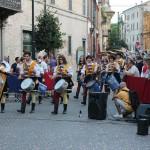 serata-medievale-2013-pergola-sfilata