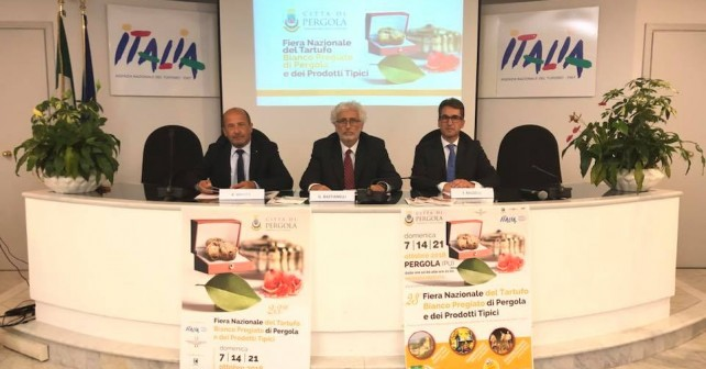 pergola presentazione fiera nazionale tartufo-enit roma
